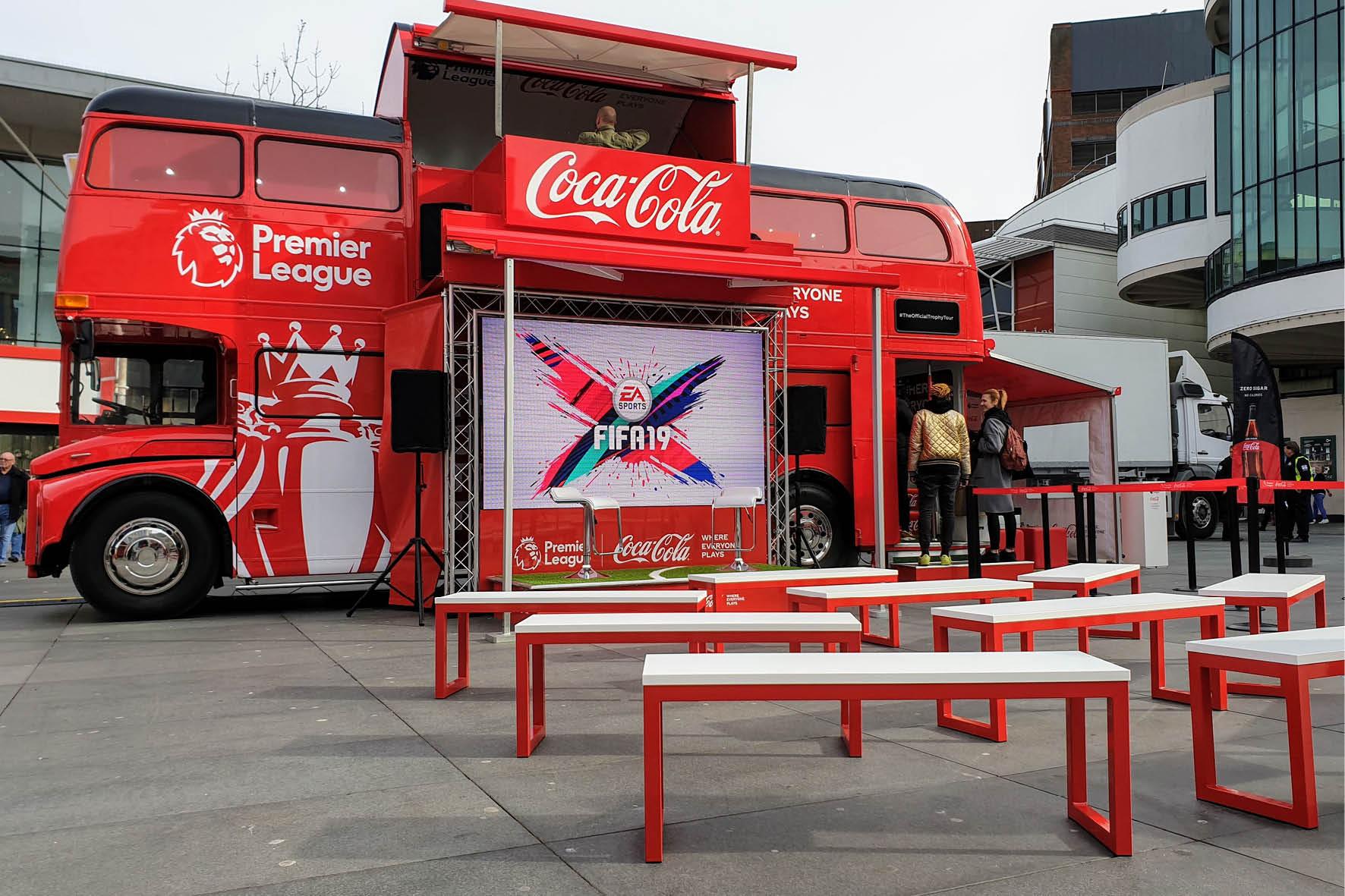 bus_business_2019_coca_cola_8.jpg