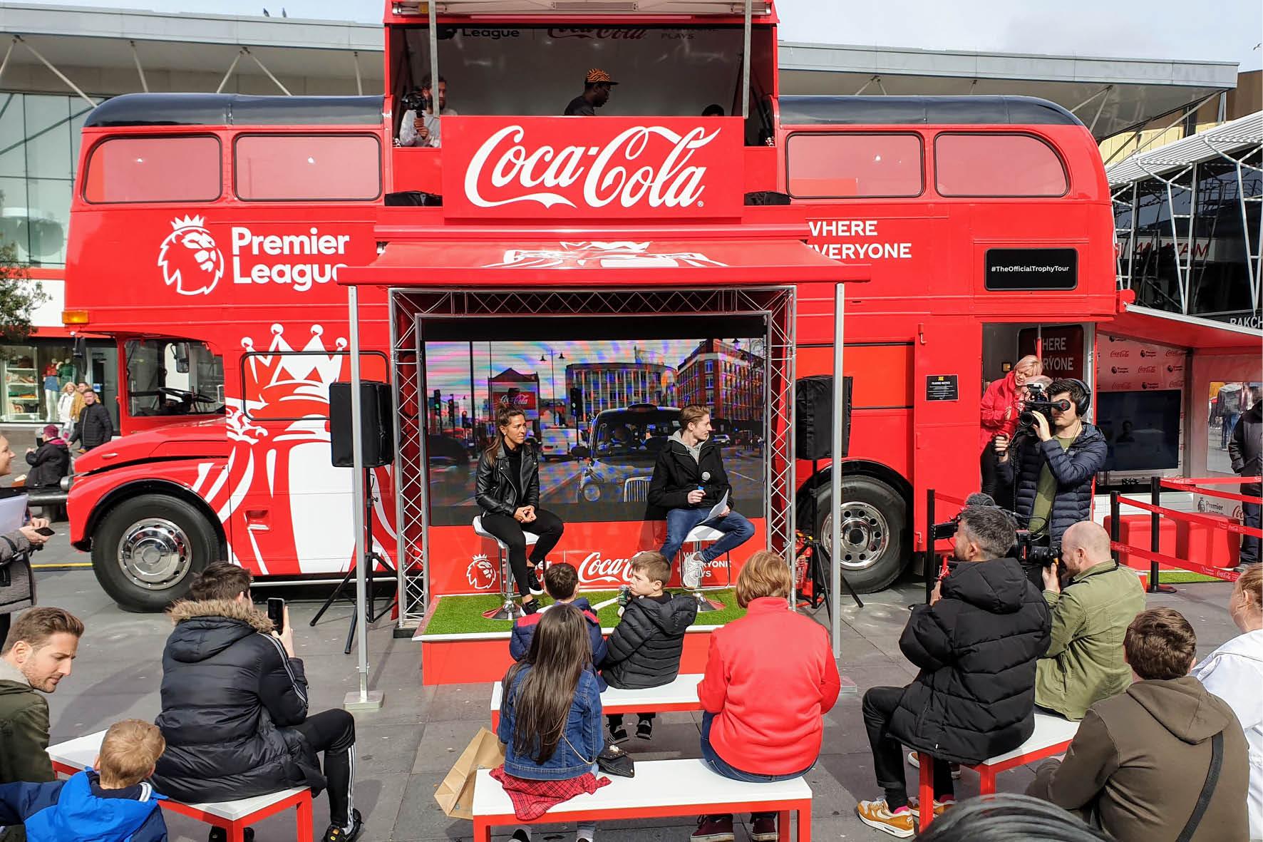 bus_business_2019_coca_cola_15.jpg