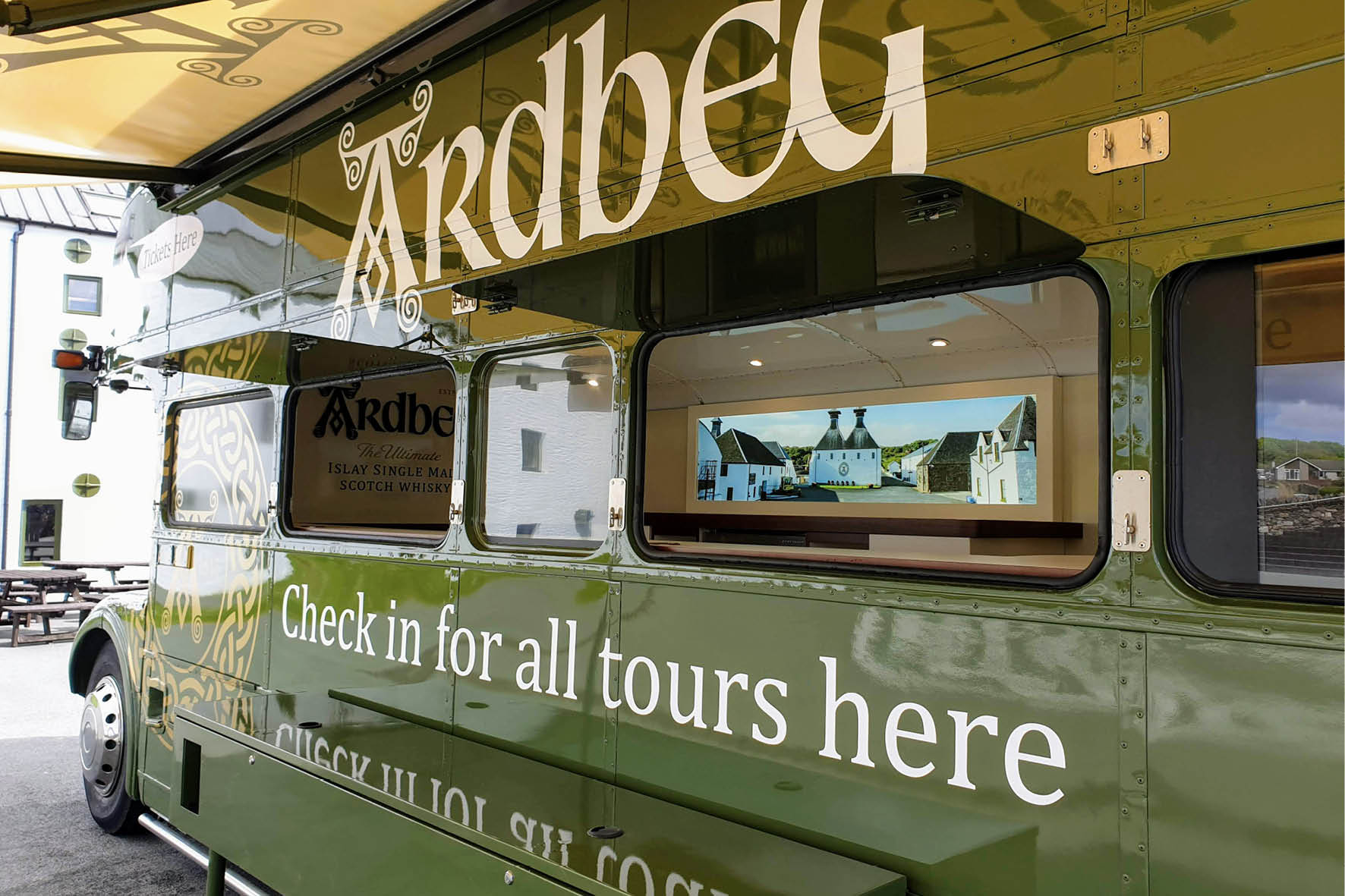 bus_business_2019_ardbeg_4.jpg