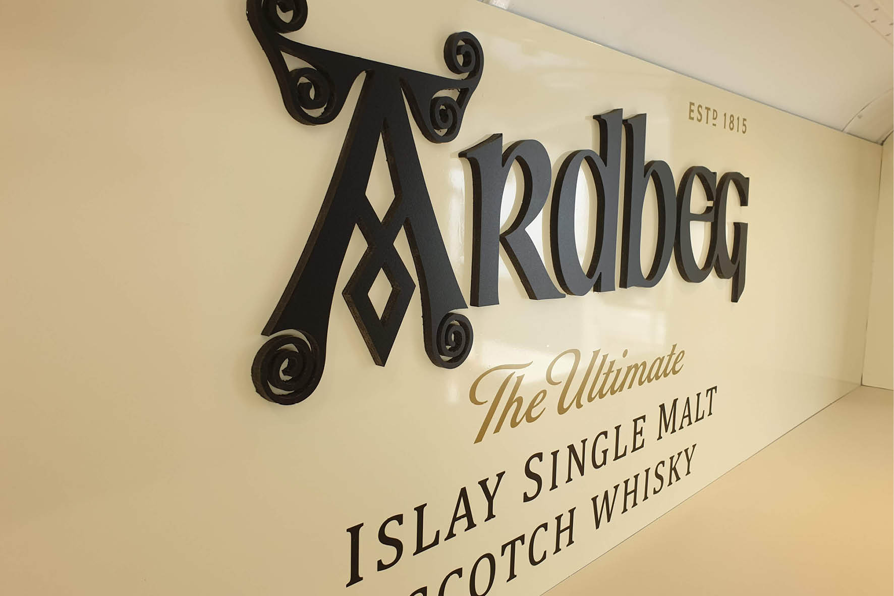 bus_business_2019_ardbeg_10.jpg