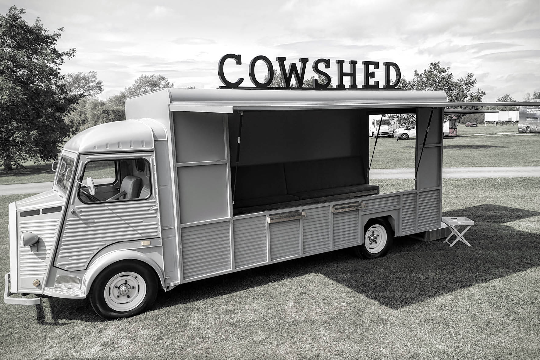 bus_business_2019_cowshed_4.jpg