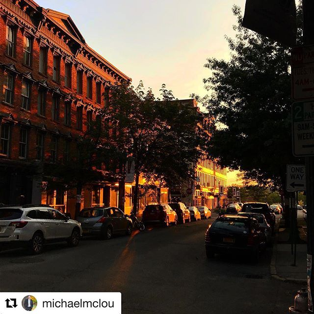 Here is the #troydoessundaysbetter photo winner for this week!!!! What a beautiful shot of the #goldenhour  thanks @michaelmclou  We will be in touch with your prize!!!! #Repost @michaelmclou with @get_repost ・・・ #troydoessundaysbetter #enjoytroy