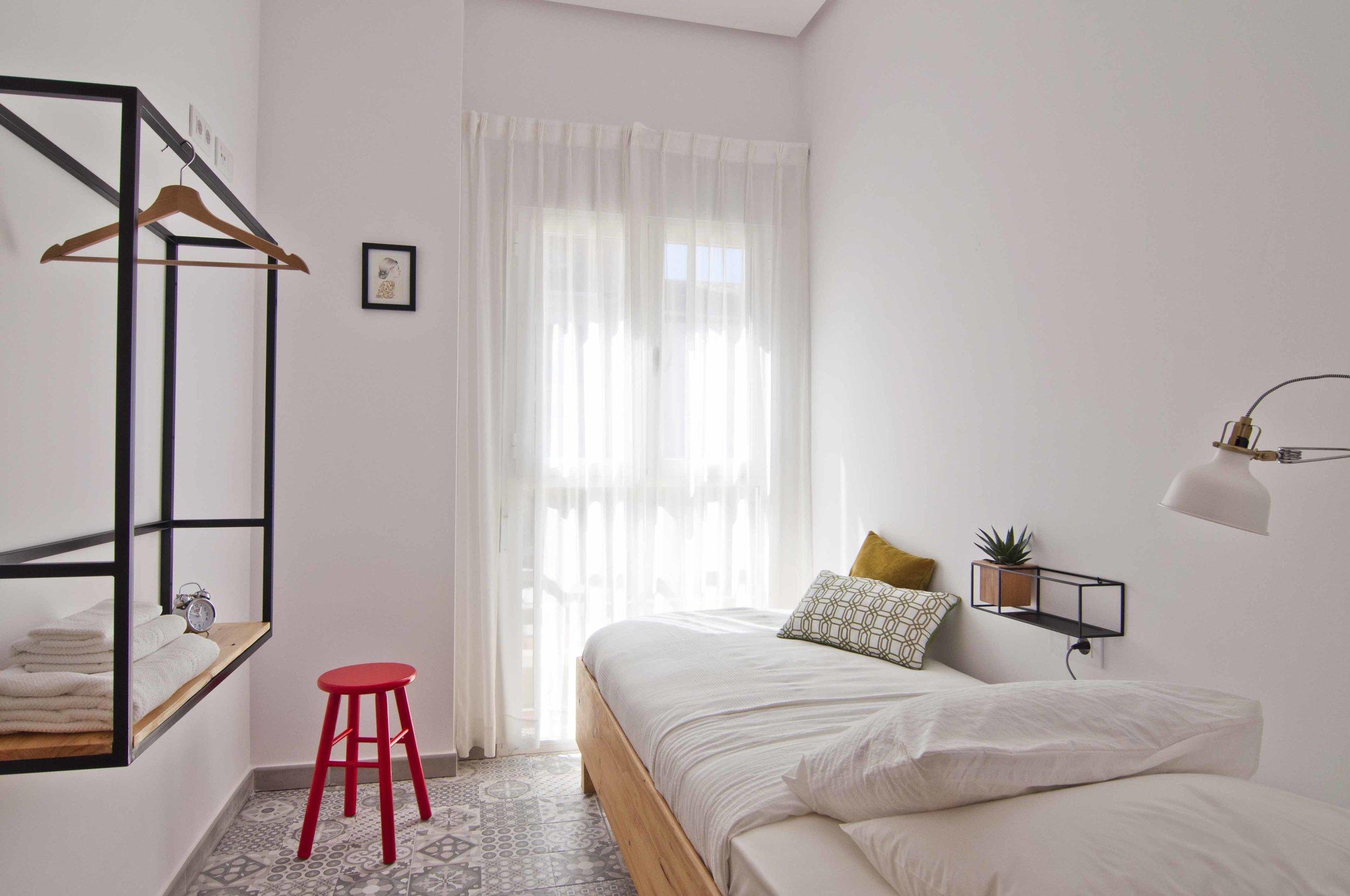 Single room at Zalamera bed and breakfast in Valencia, Spain 0323.jpg