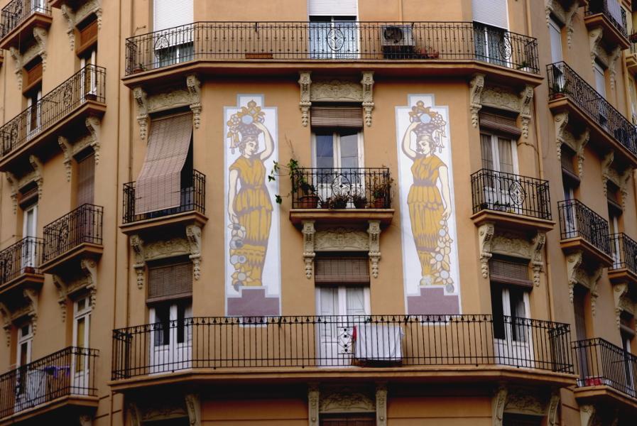 Architecture la Roqueta.JPG