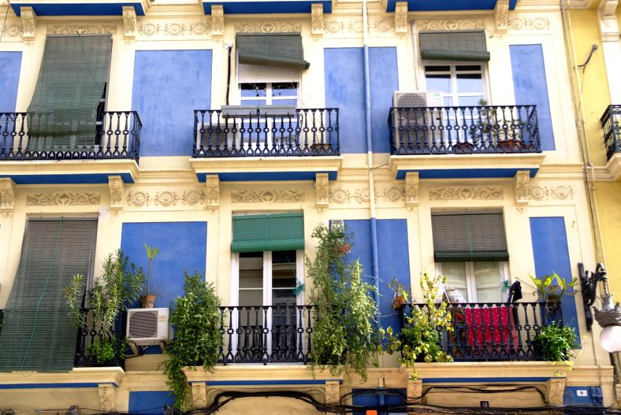 Colorfull facade.JPG