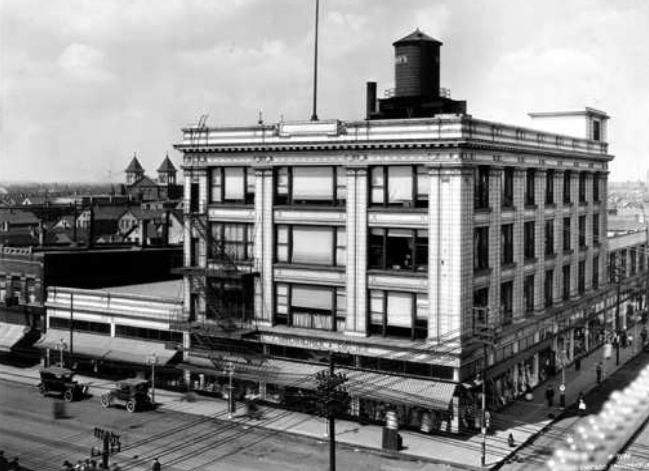 Generations of Chicagoans furnished their home, bought their kids' clothes, automotive gear and even bought their Christmas trees at this store until it closed in 1985.  (The photo is from the archives of the American Terra Cotta Company which manufactured the building's cladding)