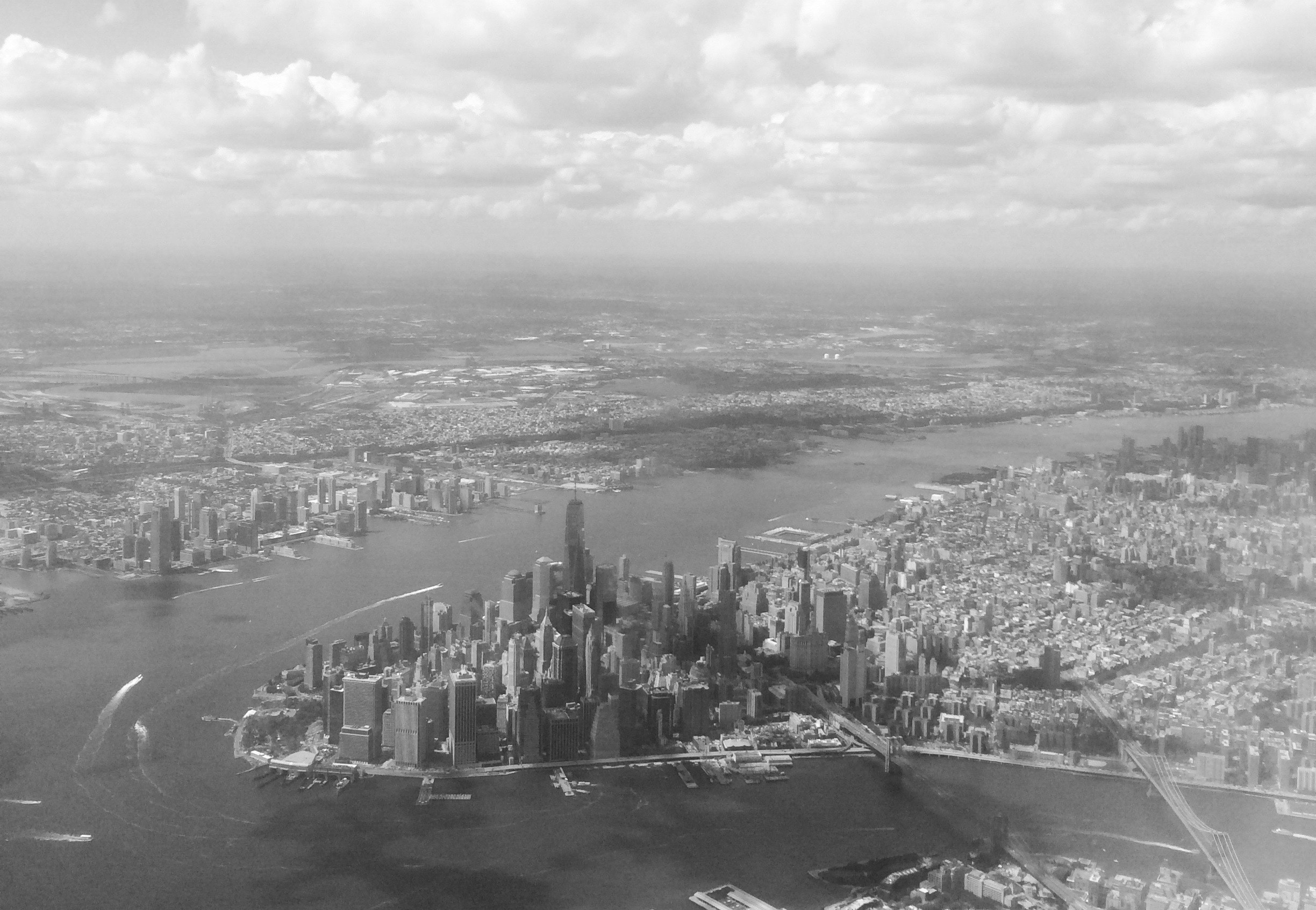 Flying into NYC last weekend, the approach to LaGuardia airport