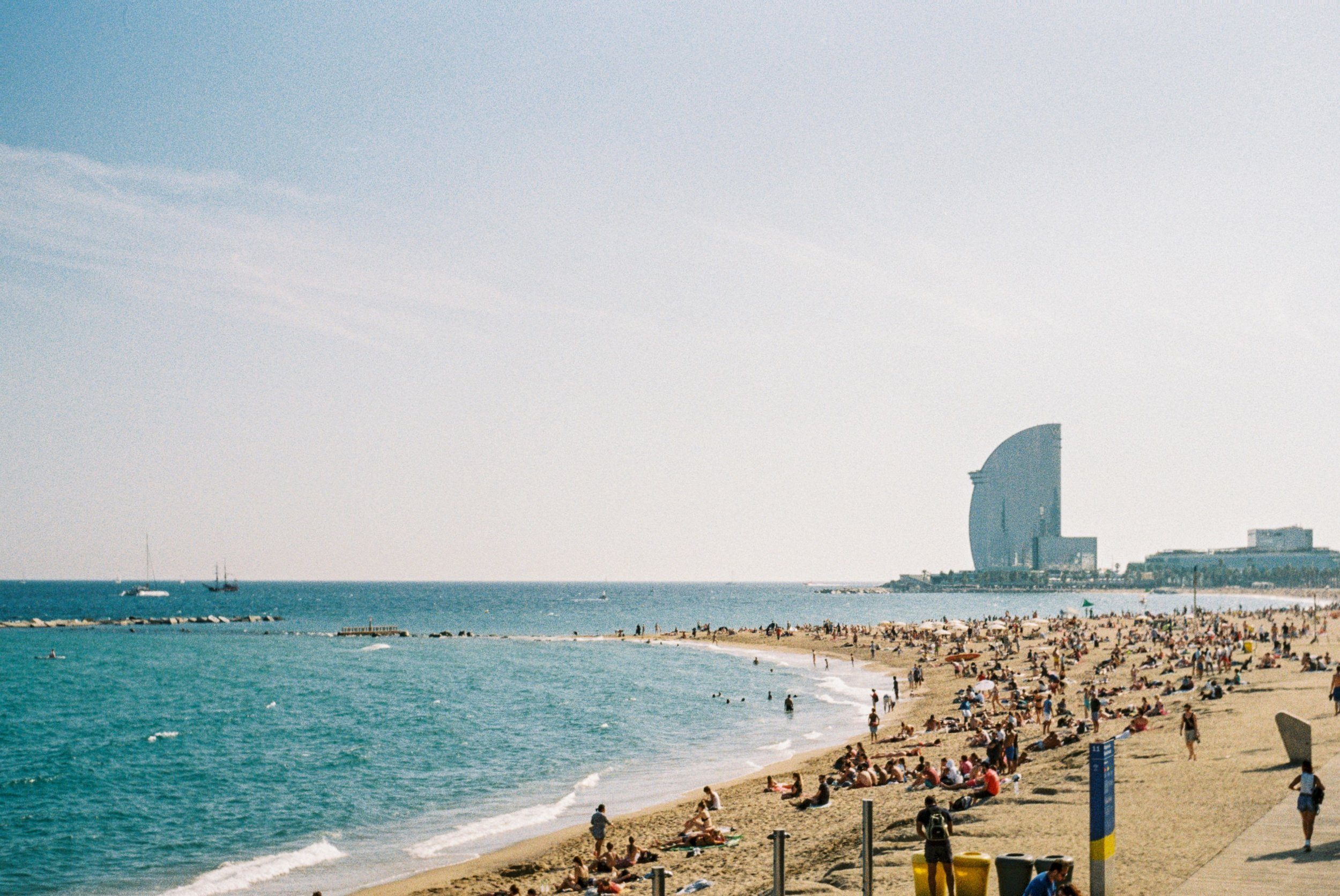 Barcelona, Spain. September '18 // 35mm Photographs -