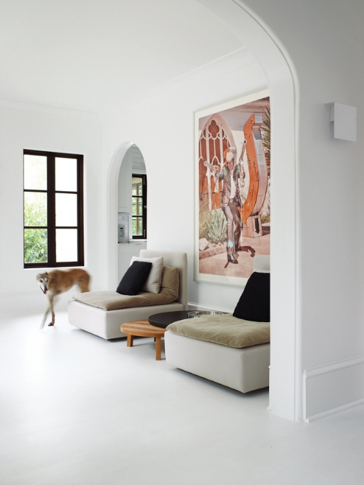 Designer Barbara Hill used flat Benjamin Moore's Decorators White throughout this 1920s abode in Atlanta, Georgia. DWELL magazine; photo by Gregory Miller.