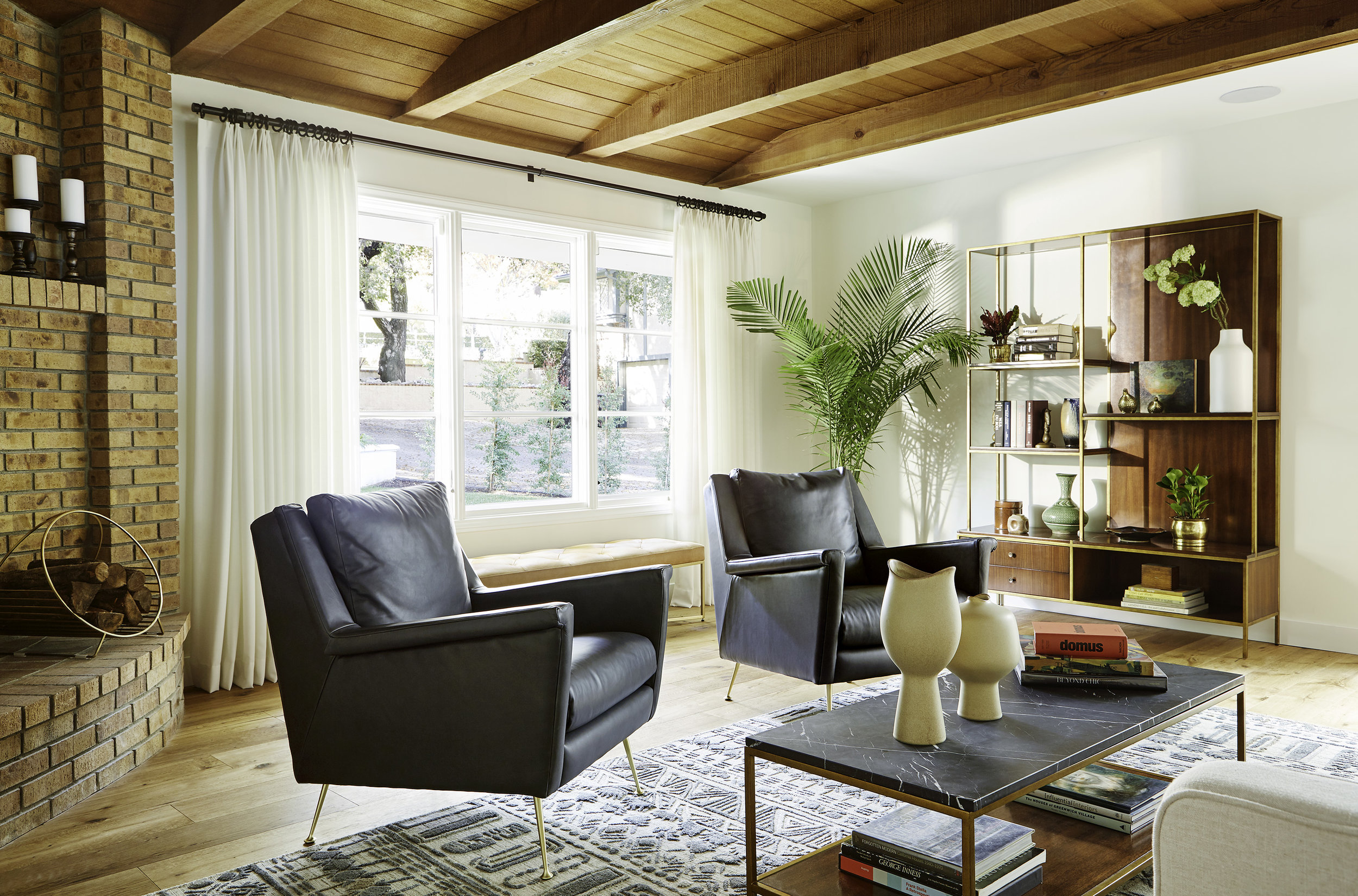 Lily_Spindle_Pasadena_Living_Room_2_028.jpg