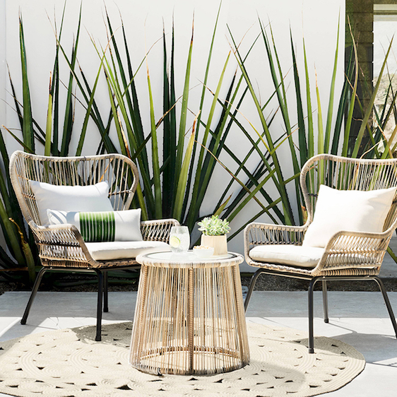 the-everygirl-outdoor-furniture-01.jpg