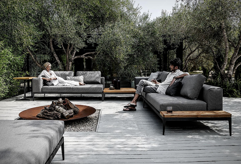 grid-modular-outdoor-sofa.jpg