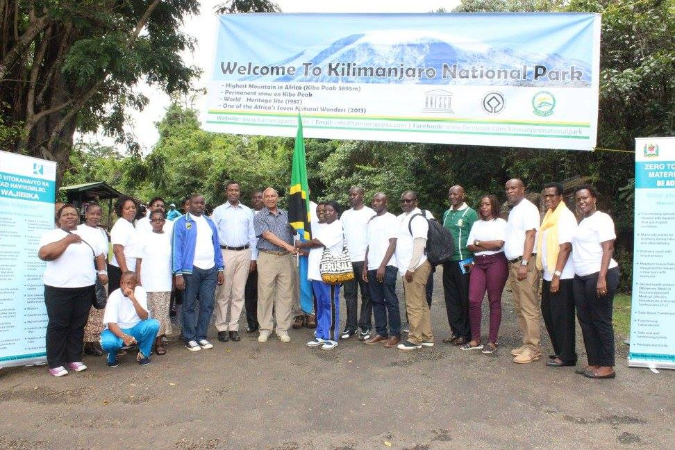 White Ribbon Alliance supporters and volunteers braved Mt. Kilimanjaro in order to demand accountability for mothers lost in childbirth in Tanzania. Photo Credit: WRA Tanzania.