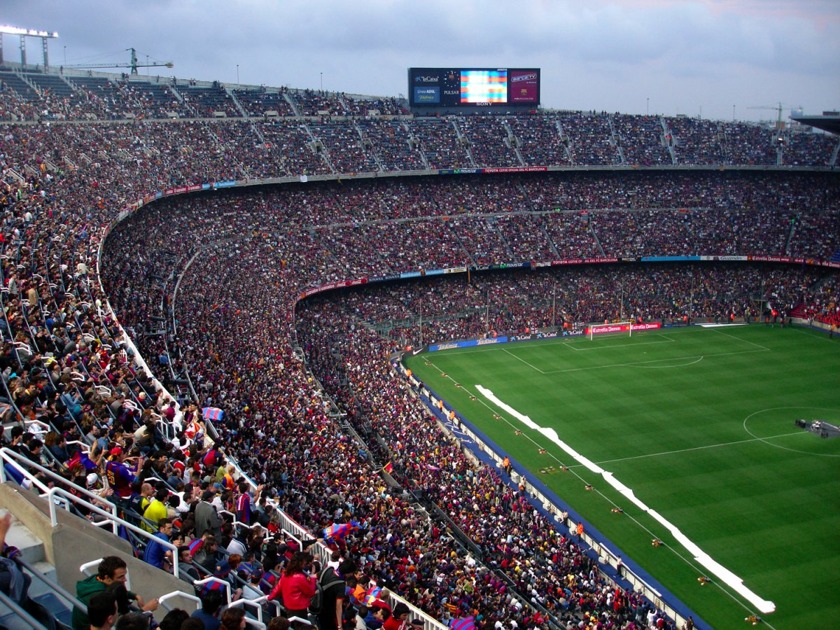 Camp Nou? More like Camp Old, if they don't get with the program and start turning up the music louder. We need more songs from Foreigner and Bread played at 4000000 decibels before they do a giveaway for 10% off a carwash.