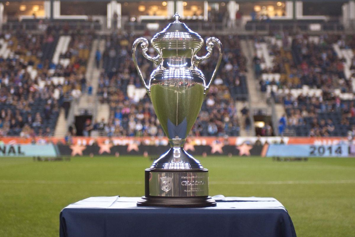 2014_USOC_Trophy.0.jpg