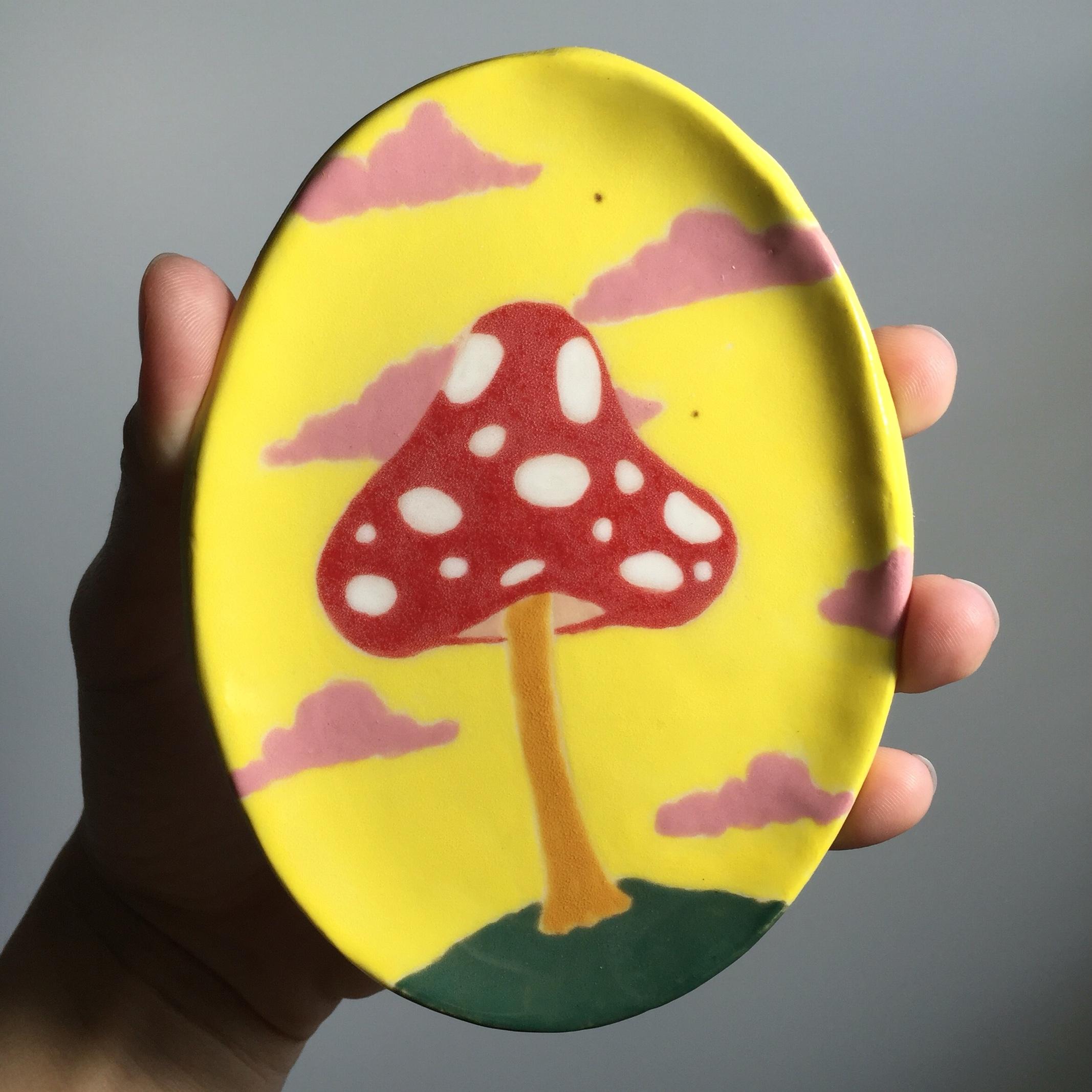 Mushroom (2016)