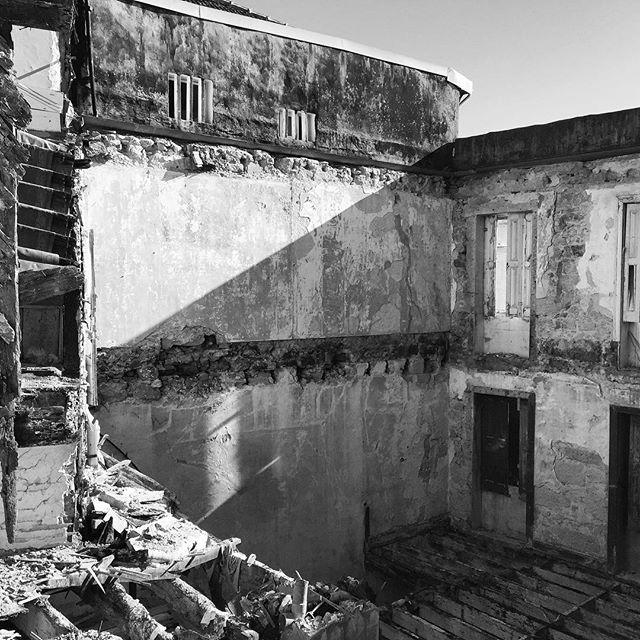 Restauração. #garciaalbuquerque #arquitectura #architecture #porto #portugal
