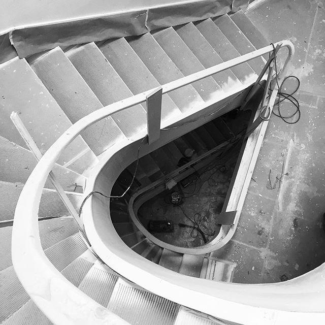 Fernandes Tomás. #garciaalbuquerque #arquitectura #architecture #porto #portugal