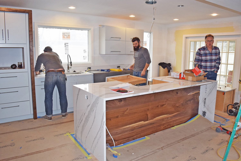 Quartz-Kitchen-Island-Ann-Arbor-Remodel.jpg