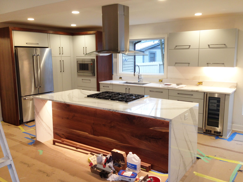 quartz-kitchen-island-ann-arbor-mi.jpg