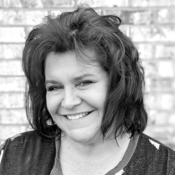 Lynnette handles our books and client statements. When she's not at work or watching hockey, she enjoys gardening or traveling - though she doesn't get to go as often as she'd like.