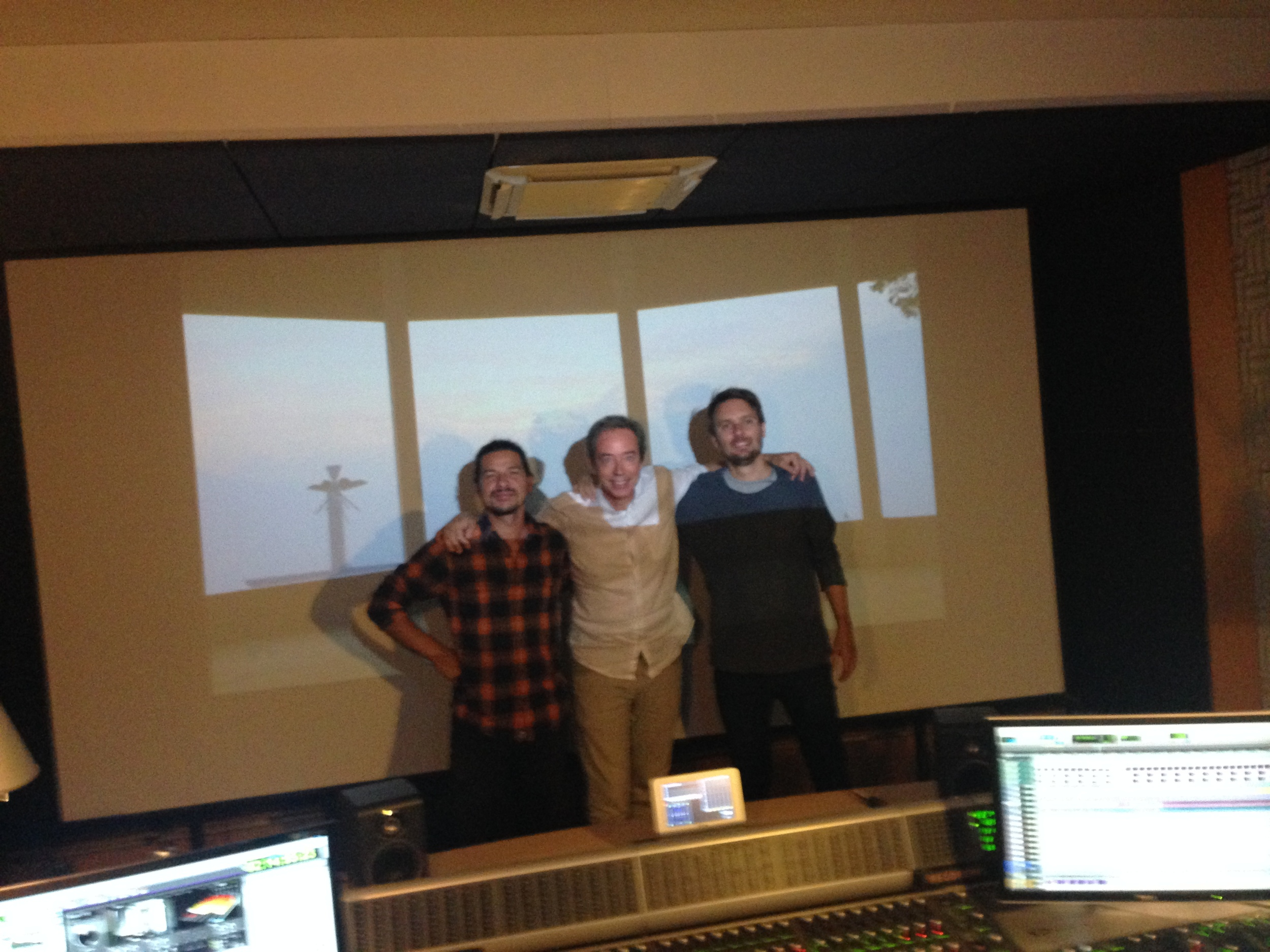 Alejandro Castillo, Denis Séchaud and Jean-Cosme at the end of the sound mixing session at Masé Studios.