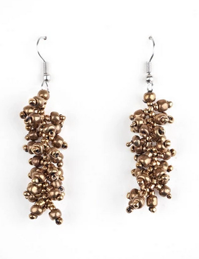 Uvas Earrings in Gold, Ecuador