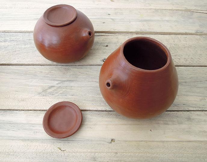 Iroi Iroi Teapot