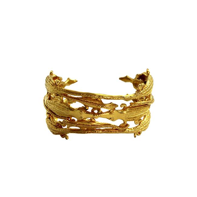 Alligator bracelet