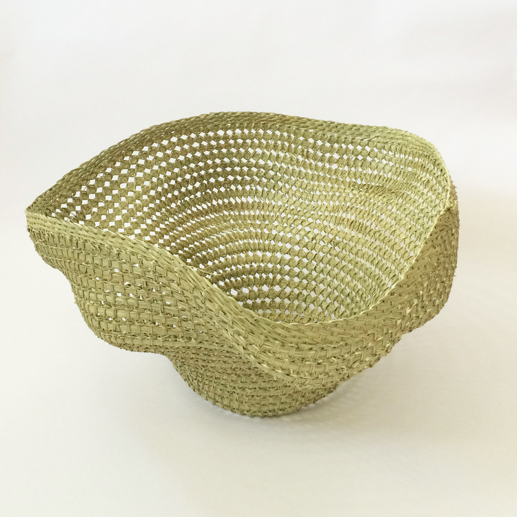 Small Wavy Basket