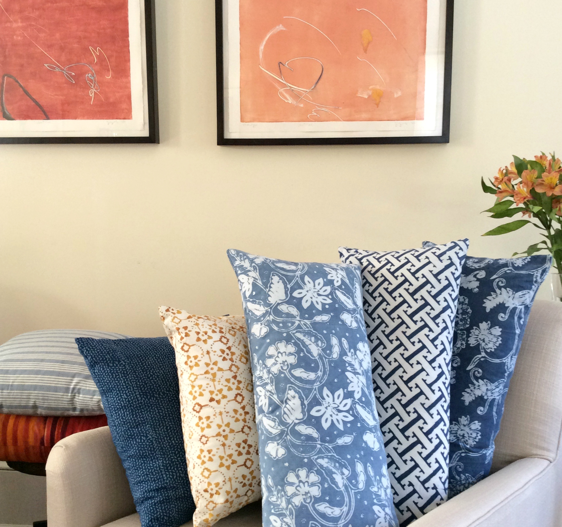 Mixed natural dye lumbar pillows