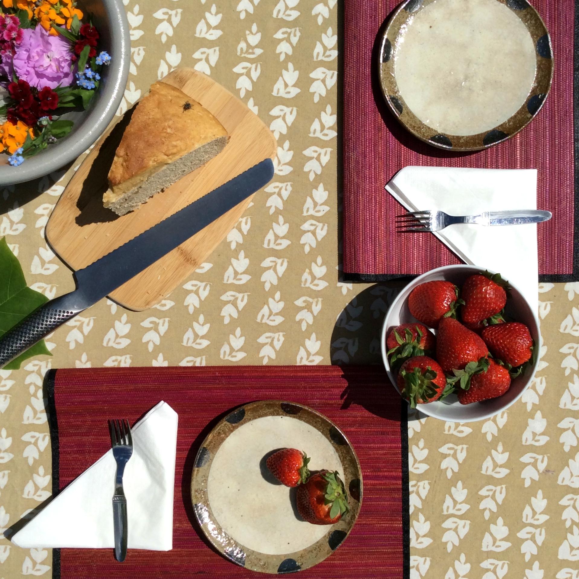 Tulip Parade Jelawe Tablecloth