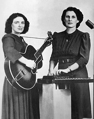 Source: http://www.onecountry.com/sara-and-maybelle-carter-country-musics-most-influential-women-1648011021.html