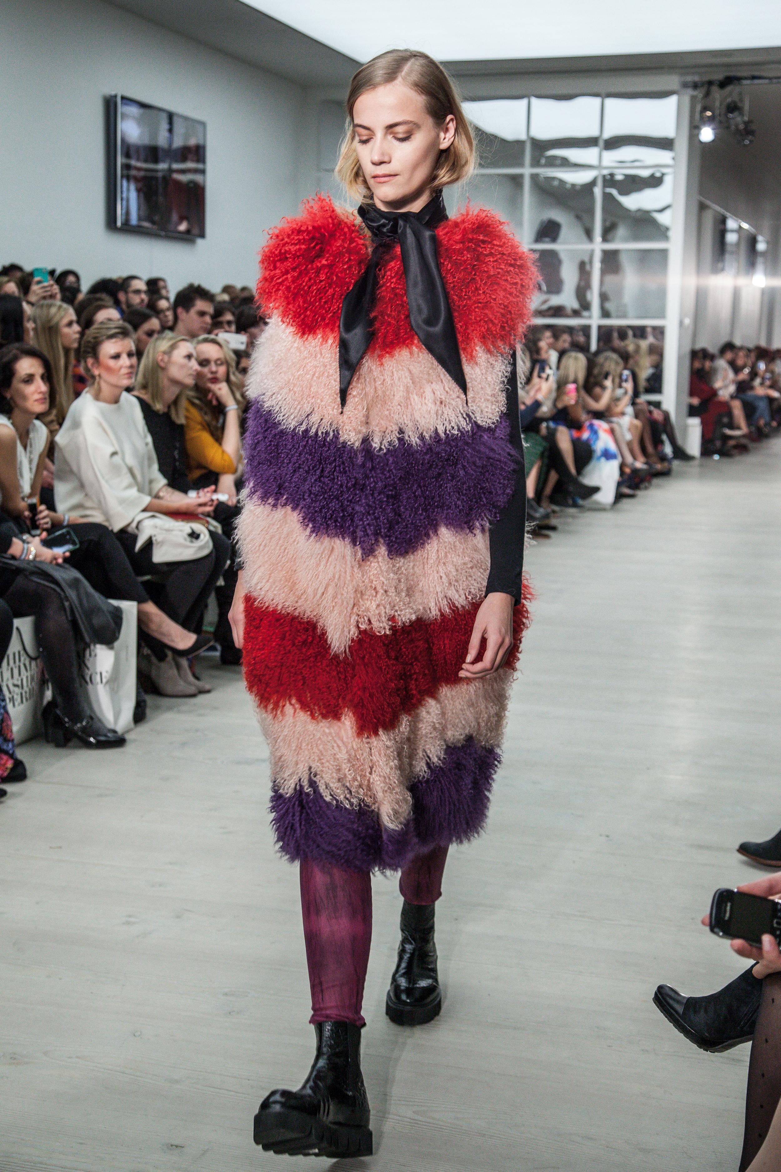 London_Fashion_Week_by_Sam_Geals_InlineSix_Photography0330.jpg