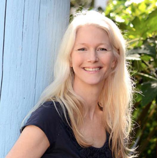 Nina Schuyler - The Hivery Writer's Circle
