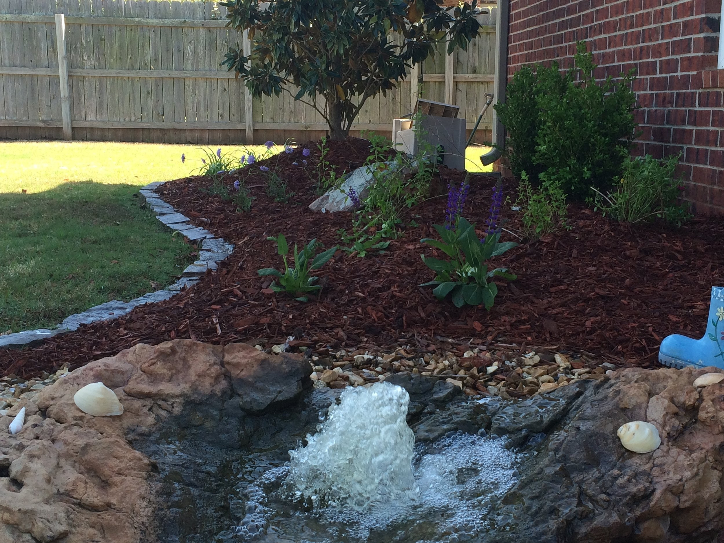 Flower bed w/water feature