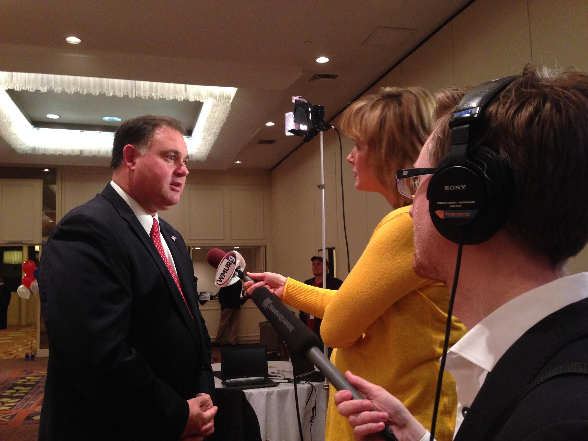 Ryan Lessard interviews Congressman Frank Guinta on election night, 2014