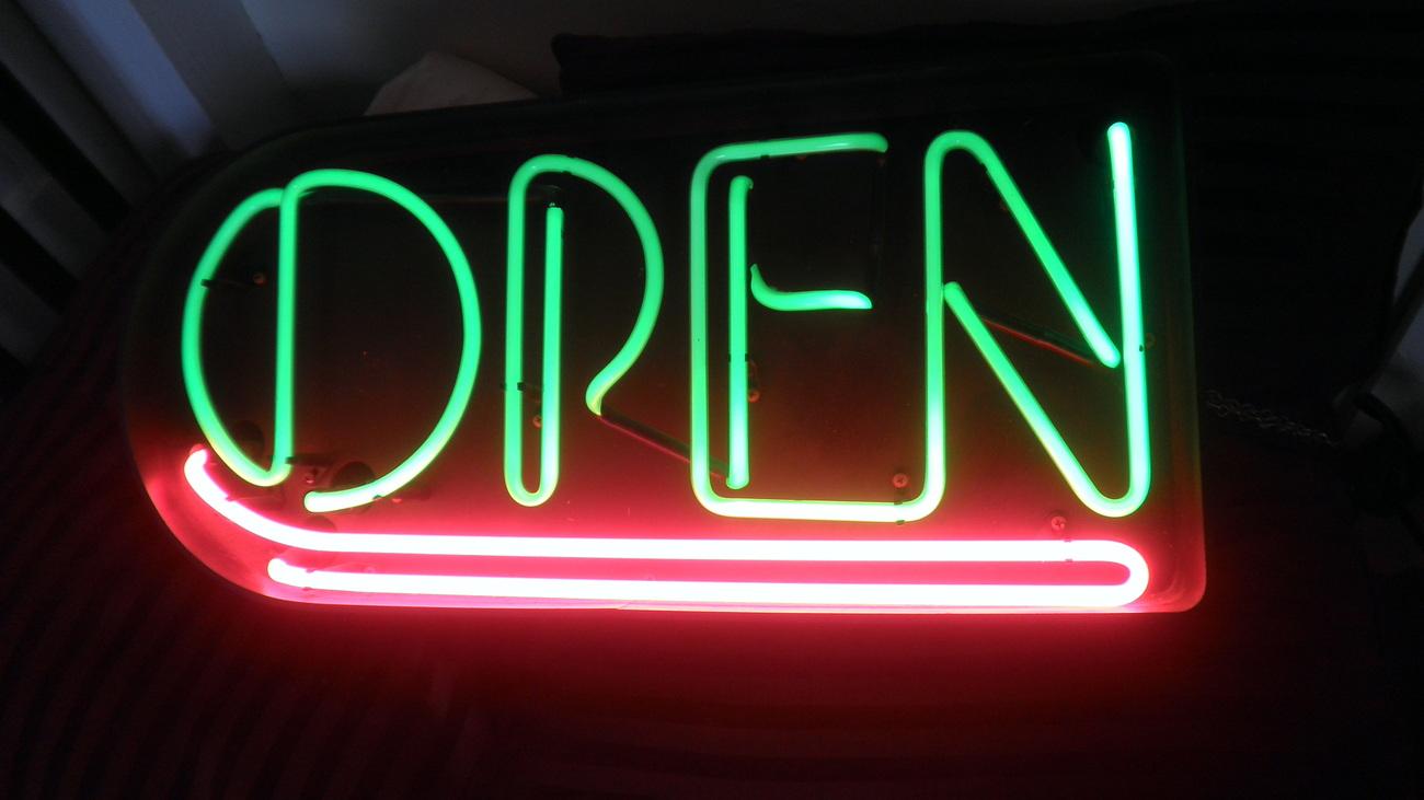 Neon_Sign_Open__7_.jpg