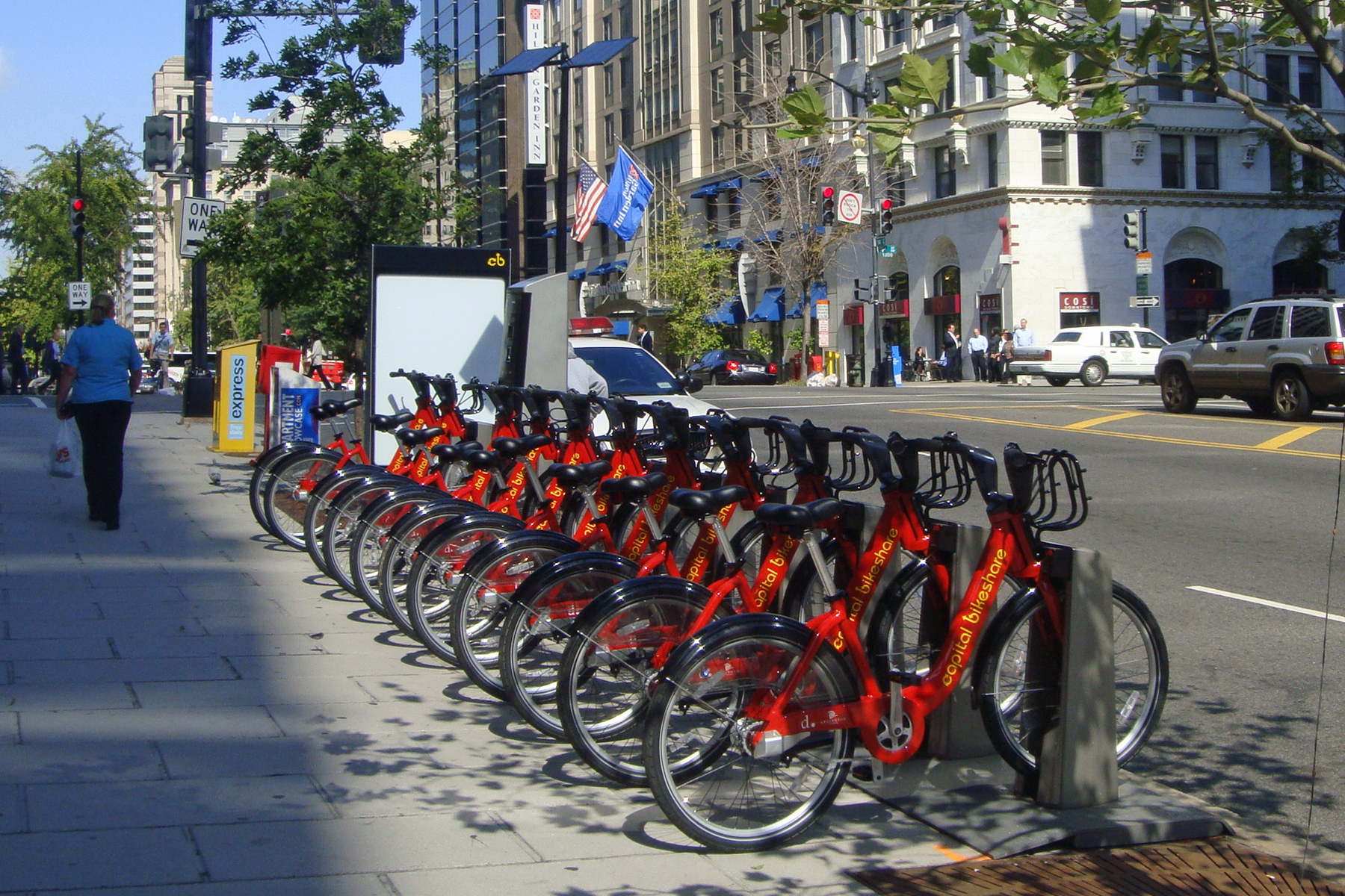 Capital_Bikeshare_DC_2010_10_545.jpg