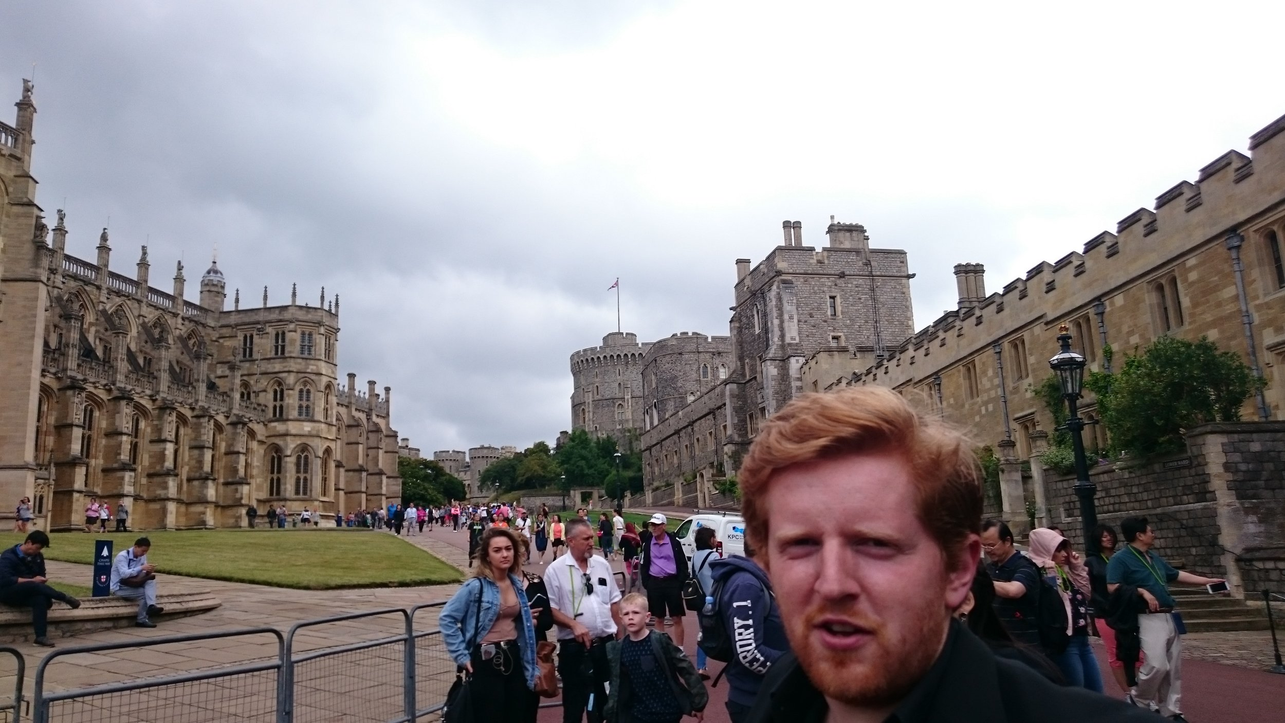 Where Is HM the Queen? (Windsor Castle)
