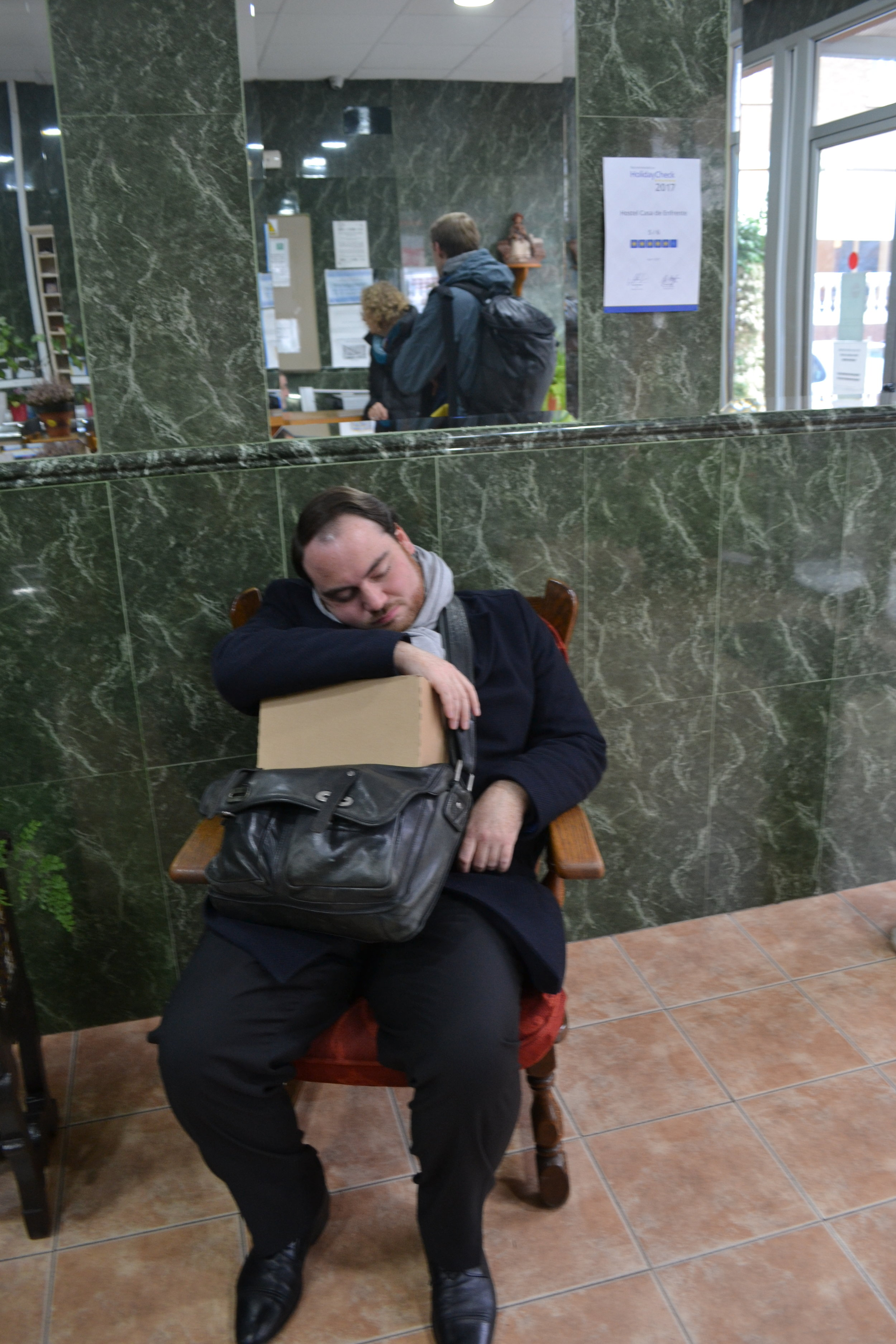 Reisemüdigkeit macht sich breit   Travel tired