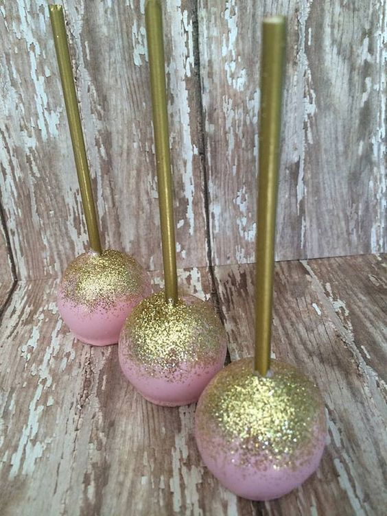 more gold glitter please!  yes, even on cake pops