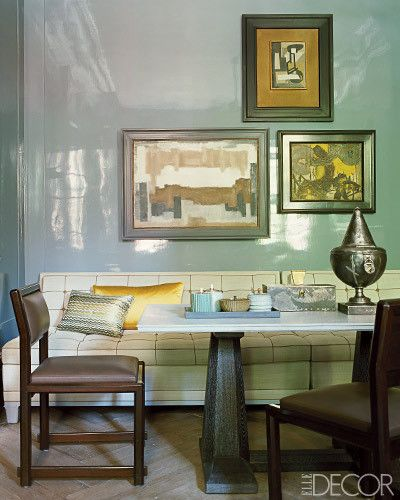 a classic space, yet unexpected with the lacquered walls