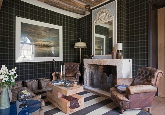 this  space  is an ideal example of how to mix lots of different styles that lead to a harmonious, unique to you, room.