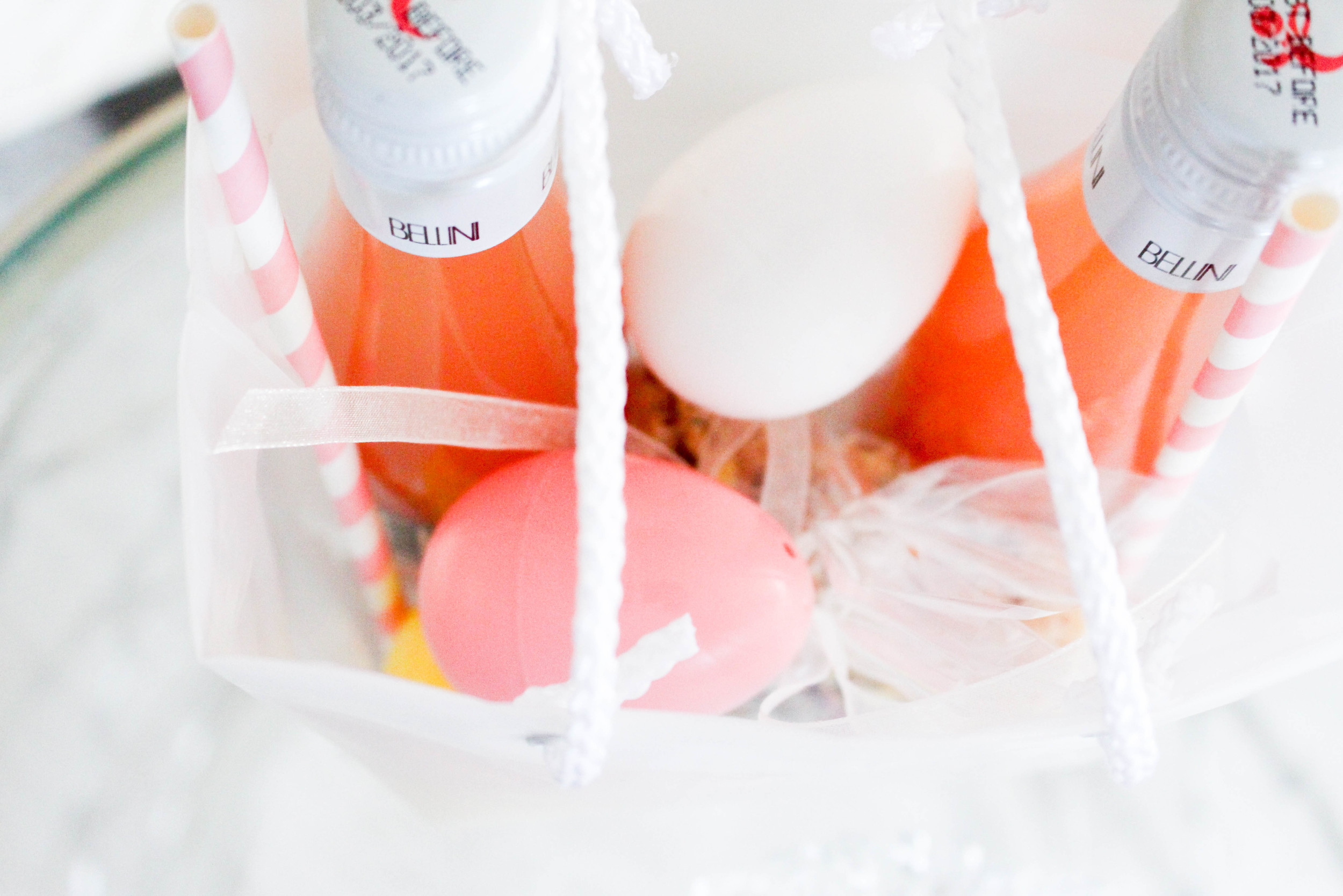 Give your guests a bellini and treats for tomorrow!