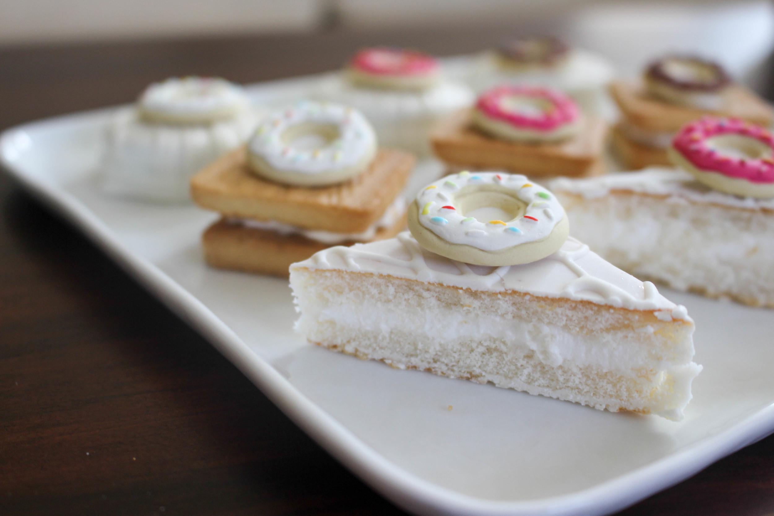 Donut Petit Fours