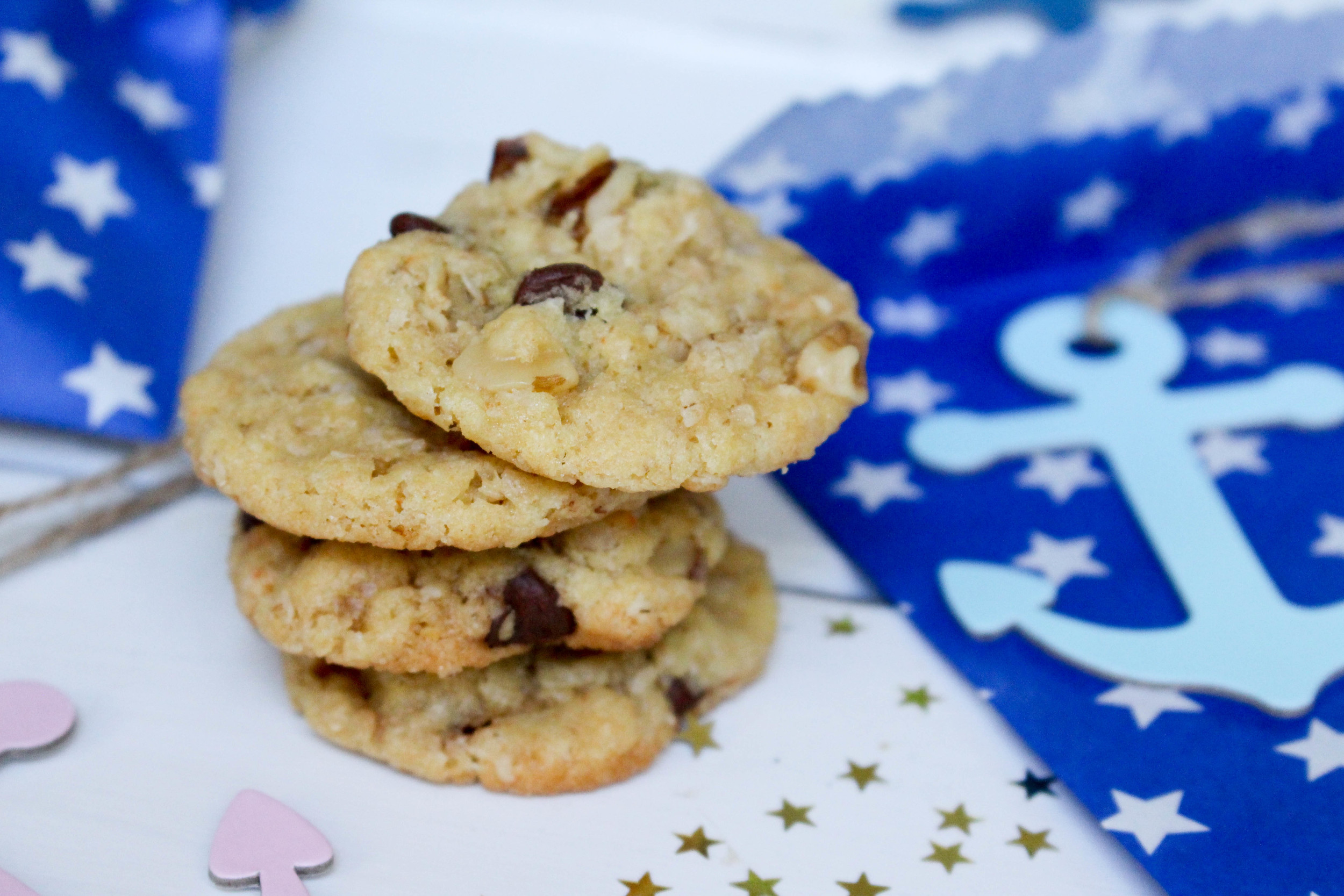 Chewy Oatmeal Chocolate Cookies