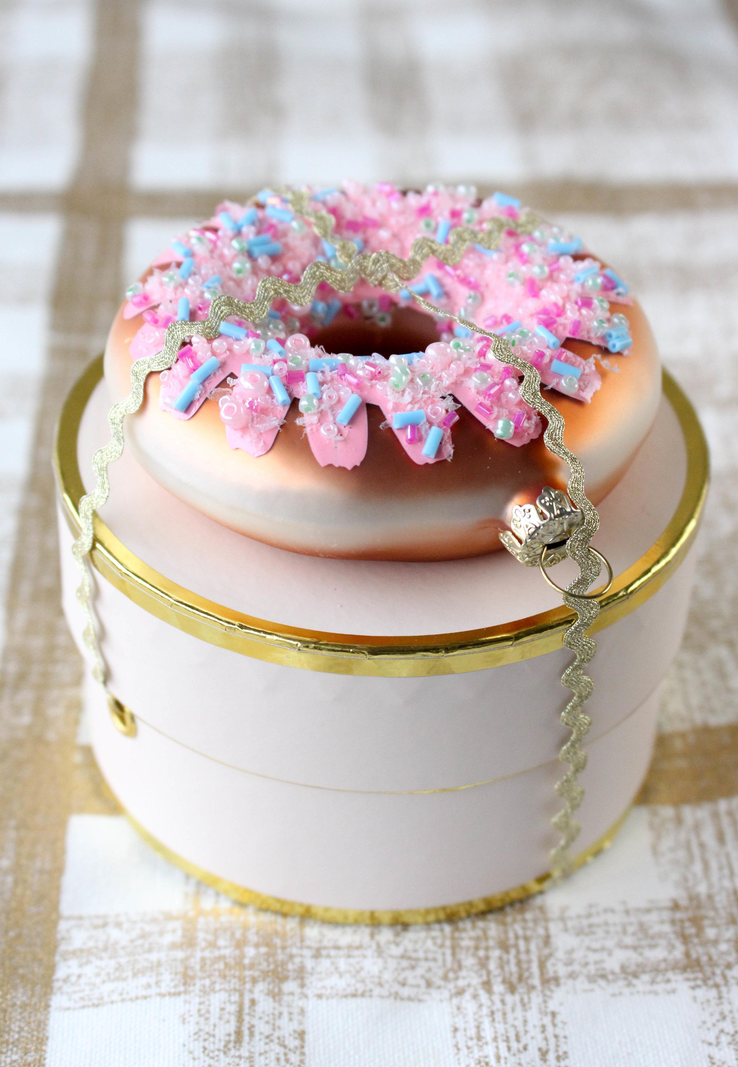 Donut Ornament on Martha Stewart