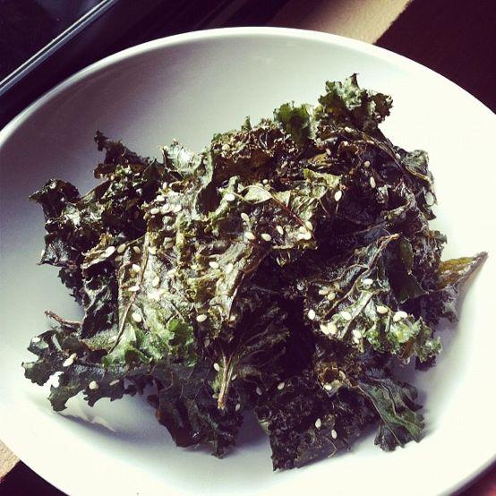 sea salt + vinegar kale chips