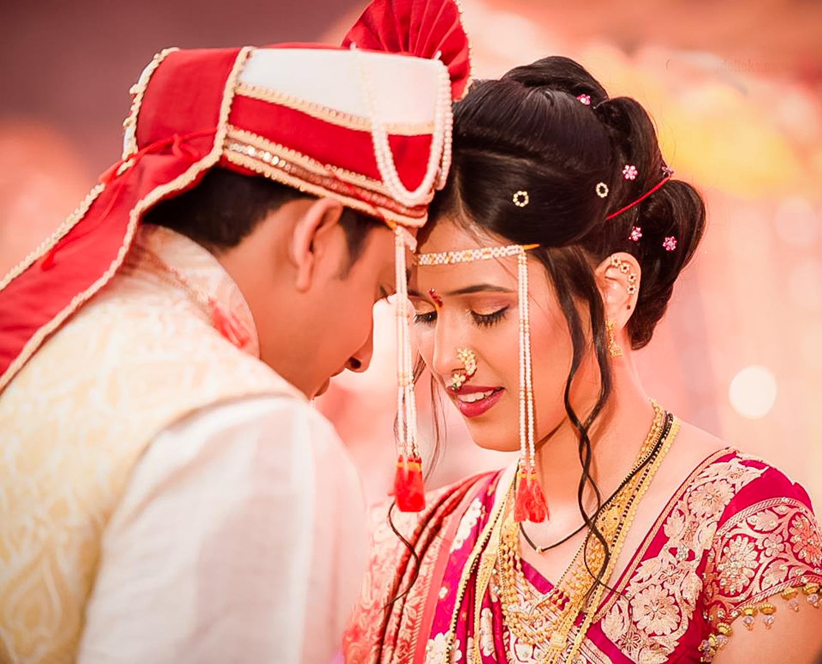 Marathi Wedding Photographed in Pune, India